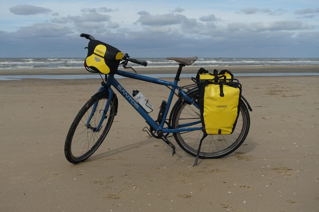 bicycle-on-beach